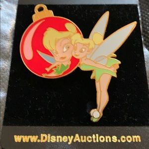 Disney auctions Limited edition tinker bell pin
